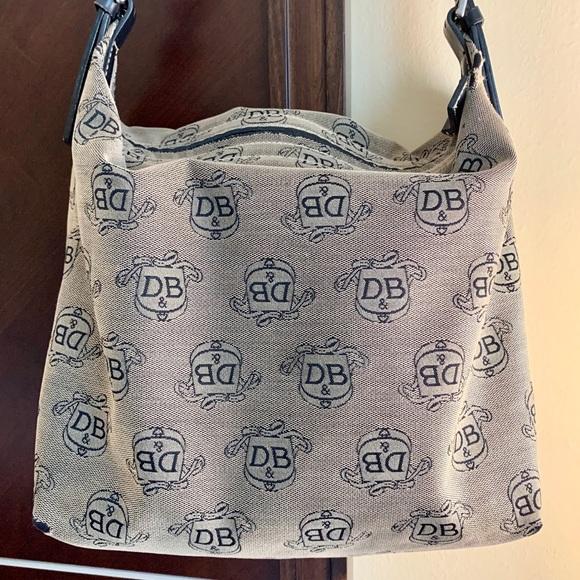Dooney & Bourke Handbags - DOONEY & BOURKE Shoulder Bag Purse Classic DB GUC